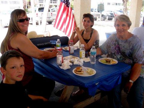 Tiiu Kolts and her family: Amber Flick, Linda Lapsins and Kyle Gorham