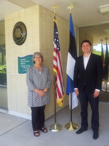 The Republic of Estonia's Honorary Consul Lisa A. Mets and Consul General Sten Schwede, St. Petersburg, Florida, May 24, 2013.