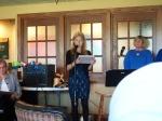 KFES Vice President Triin Karr reads a poem. Kesk Florida Eesti Selts, EVA 97, 21 veeb 2015. Foto: Erkki Taada