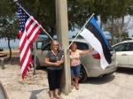 Lisa Mets and Kaie Latterner. KFES piknik, Anna Maria Island, FL, 26 aprill 2015. Foto: Maare Kuuskvere