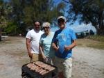 Dallas Dishmey, Maare Kuuskvere and Markus Larsson. Kesk Florida Eesti Selts picnic, 24. apr. 2016, Anna Maria Island, FL. Foto: Lisa A. Mets. Foto: Lisa A. Mets