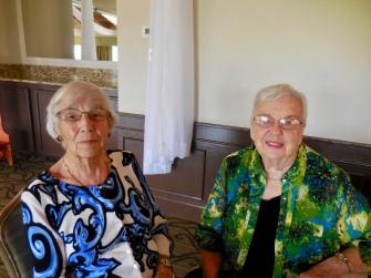 Leena Aare and Urve Põhi. Estonian Society of Central Florida (KFES), EV99 celebration, 25 Feb 2017, Clearwater, FL. Foto: Lisa Mets