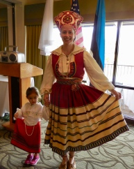 Chloe and Regina Reet Cabrera. Estonian Society of Central Florida (KFES), EV99 celebration, 25 Feb 2017, Clearwater, FL. Foto: Lisa Mets